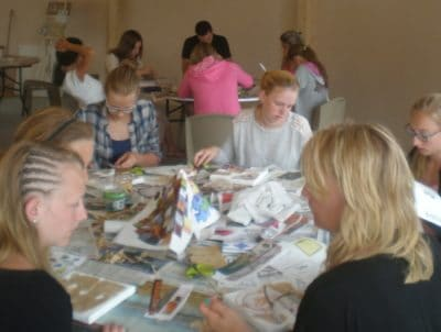 Creative classes at www.campinglayole.com